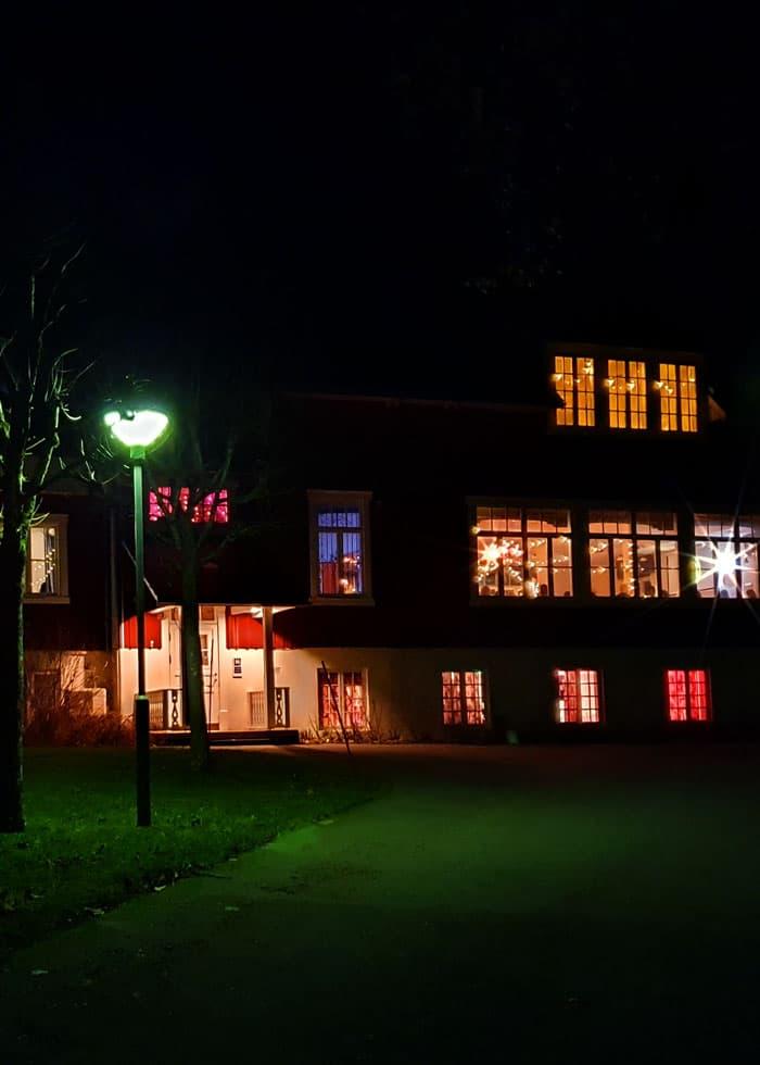 Vår fest-lokal ligger ett stenkast från Kroppefjäll Bed & Breakast och med badmöjligheter precis intill. Dals Rostock, Mellerud, Dalsland.